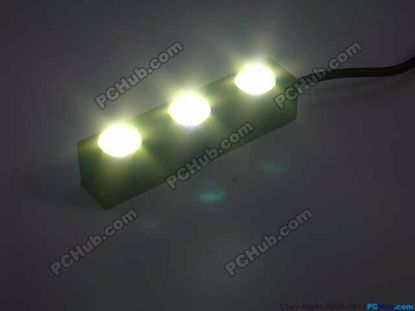 76738- 100% Waterproof. 3 x White LED